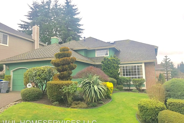 6062 118th Ave SE - 6062 118th Avenue Southeast, Bellevue, WA 98006