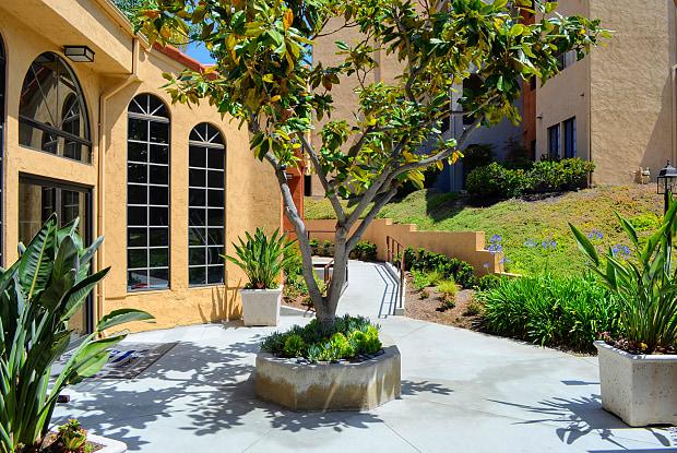Canyon Villa - 601 Telegraph Canyon Rd, Chula Vista, CA 91910