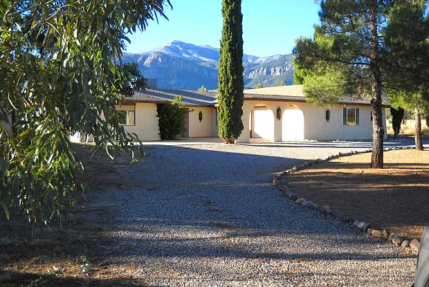 3618 E Shawnee Drive - 3618 E Shawnee Dr, Sierra Vista Southeast, AZ 85650