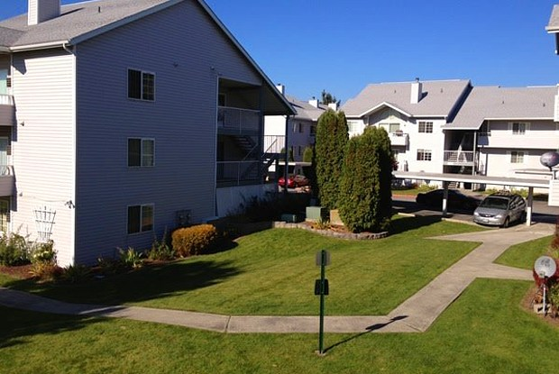 Willowbrook - 12202 E Maxwell Ave, Spokane Valley, WA 99206