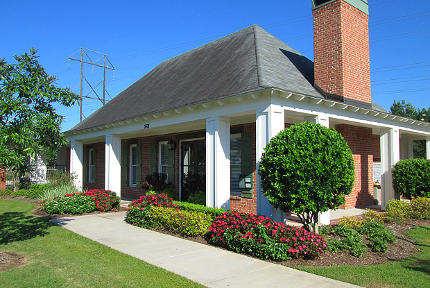 Highlands of Grand Pointe - 3601 Kaliste Saloom Rd, Lafayette, LA 70508