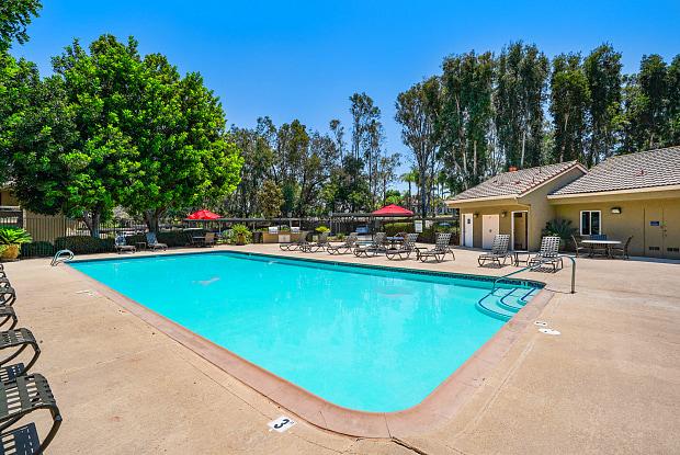 Rancho Hills Apartments - 915 Brooktree Ln, Vista, CA 92081