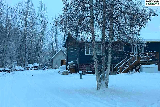 1468 Davison Road - 1468 Davison St, Badger, AK 99705