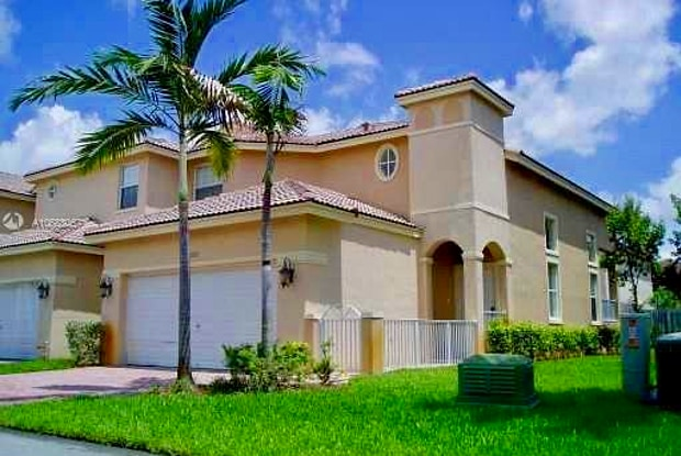 11321 NW 55th Ln - 11321 Northwest 55th Lane, Doral, FL 33178