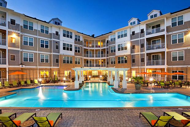 Solace Apartments - 400 S Military Hwy, Virginia Beach, VA 23464