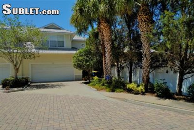 1038 Ewing Pl - 1038 Ewing Avenue, Clearwater, FL 33756