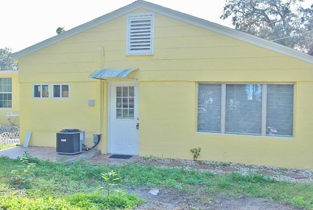 141 Sunntytown Rd - 141 Sunnytown Road, Casselberry, FL 32707