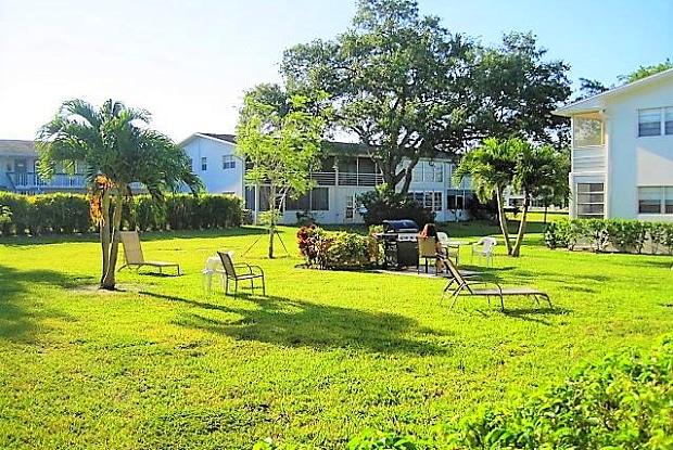 217 Oakridge N - 217 Oakridge N, Deerfield Beach, FL 33442