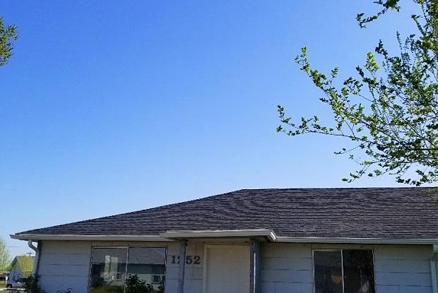 1252 MOSES STREET NE - 1252 Moses Street, Moses Lake North, WA 98837