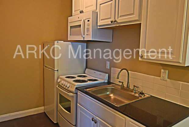 3734 Warwick Boulevard - 3734 Warwick Boulevard, Kansas City, MO 64111