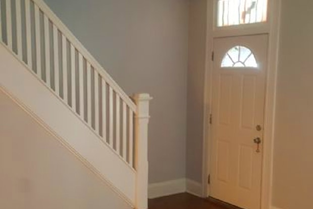 740 E 37th St - 740 East 37th Street, Baltimore, MD 21218