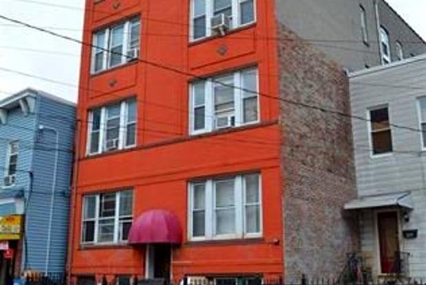 307 SUMMIT AVE - 307 Summit Avenue, Jersey City, NJ 07306