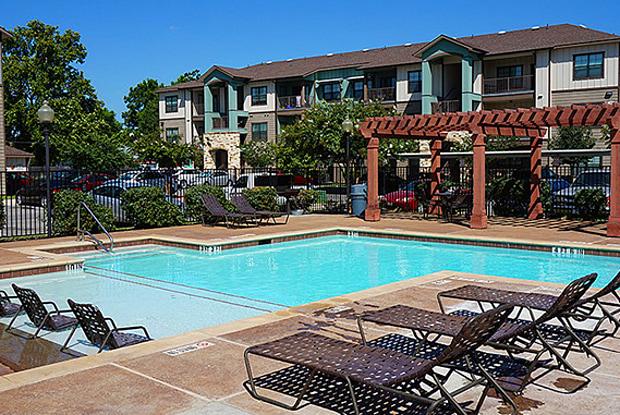 Blanco River Lodge - 1650 River Rd, San Marcos, TX 78666