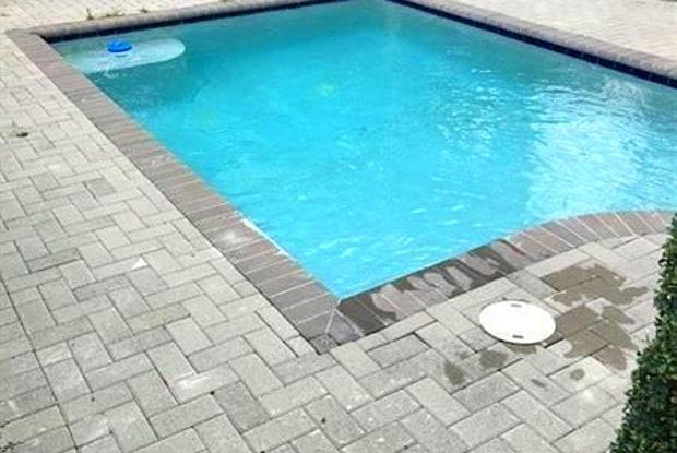 1014 NE 3rd St - 1014 Northeast 3rd Street, Fort Lauderdale, FL 33301
