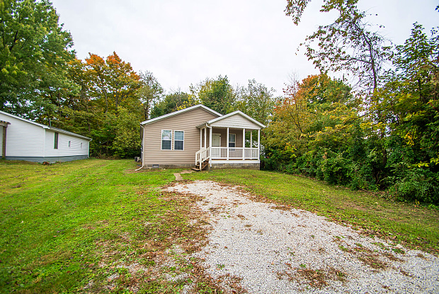11845 Center St - 11845 Center Street, Lawrence, IN 46236