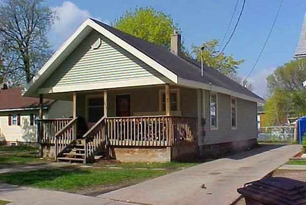 1818 Ada Street - 1818 Ada Street, Lansing, MI 48910