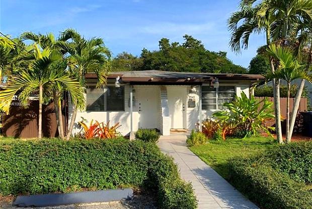 7241 SW 63rd Ct - 7241 SW 63rd Ct, South Miami, FL 33143