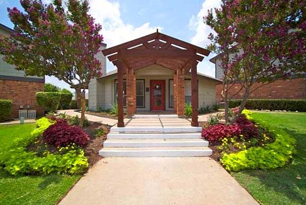 Bowman's Walk - 101 E Bowman Rd, Round Rock, TX 78664