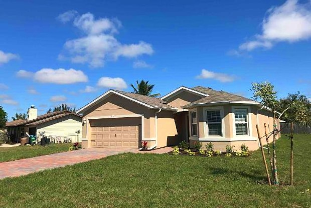 441 SW 24th ST - 441 Southwest 24th Street, Cape Coral, FL 33991