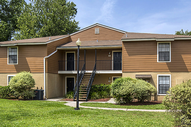 Alexander Pointe - 2121 Burwick Ave, Lakeside, FL 32073