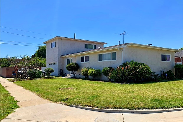 1034 W 187th Street - 1034 West 187th Street, Los Angeles, CA 90248
