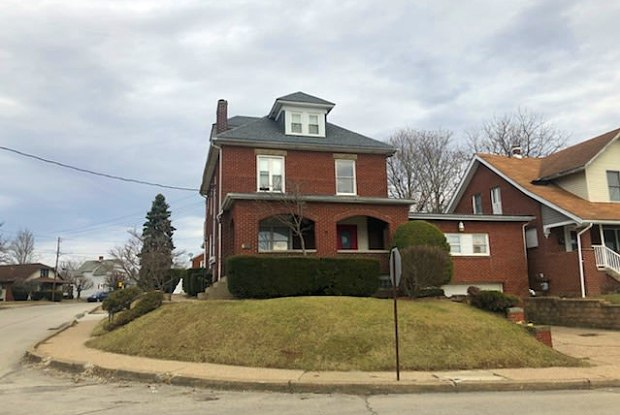 890 Duncan Avenue - 1 - 890 Duncan Ave, Washington, PA 15301