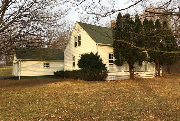 2200 CARY Road - 2200 Cary Road, McHenry County, IL 60013