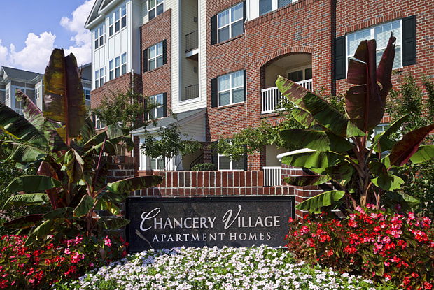 Chancery Village - 25510 Burbage Cir, Cary, NC 27519