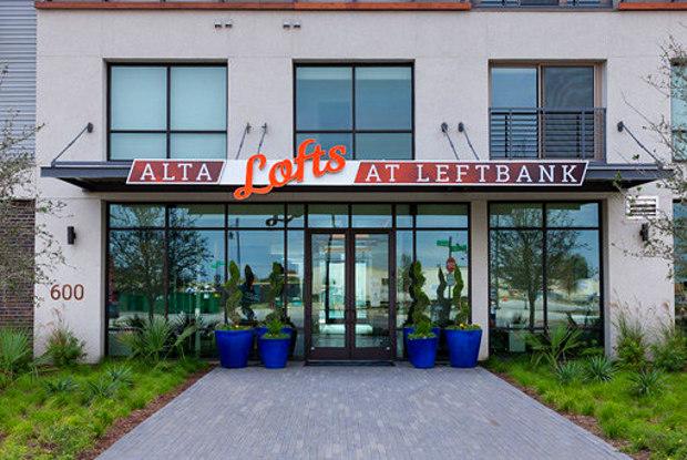 Lofts at Alta LeftBank - 600 Harrold St, Fort Worth, TX 76107