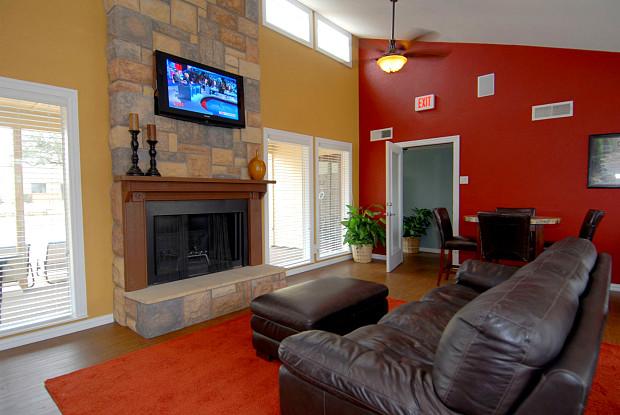 Fairway Apartments - 1705 Coit Rd, Plano, TX 75093