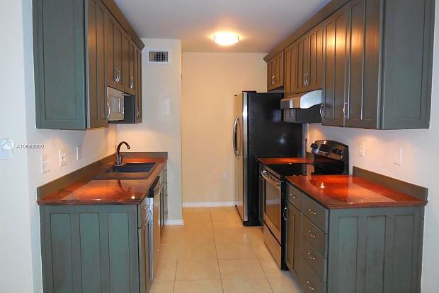2203 Glenmoor Dr - 2203 Glenmoor Drive, West Palm Beach, FL 33409