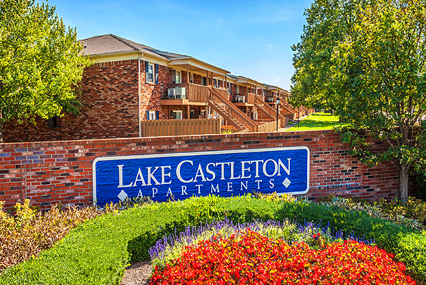 Lake Castleton - 7601 Carlton Arms Dr, Indianapolis, IN 46256