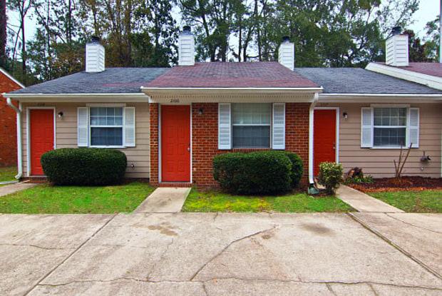 Park Avenue Villas - 2102 East Park Avenue, Tallahassee, FL 32301