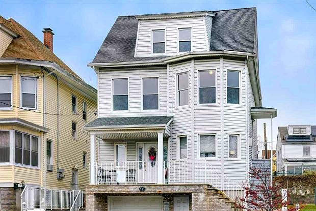 793 KEARNEY AVE - 793 Kearny Avenue, Kearny, NJ 07032