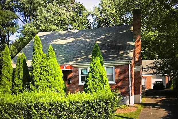 74 Lynton Place - 74 Lynton Place, White Plains, NY 10606