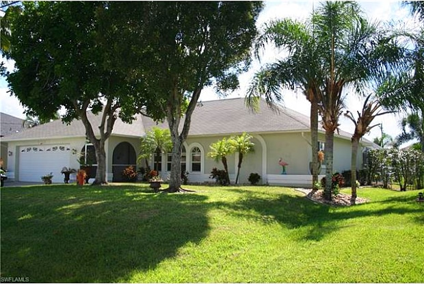 2720 SW 32nd ST - 2720 Southwest 32nd Street, Cape Coral, FL 33914