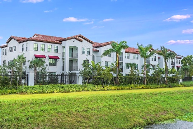 10X Living Delray - 14050 Pacific Point Place, Delray Beach, FL 33484