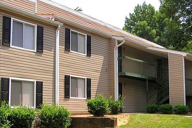 Foxfire - 1400 Wyldewood Rd, Durham, NC 27704