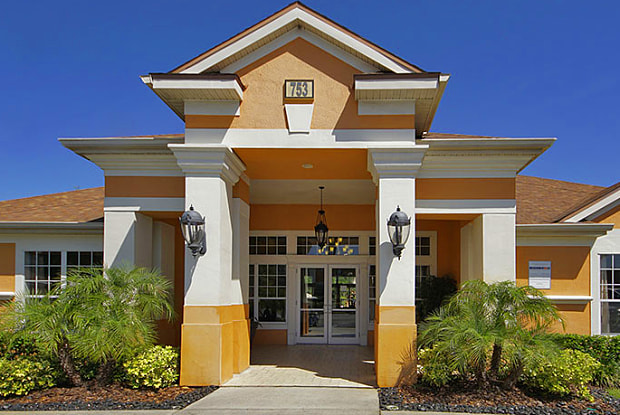 Residences at West Place - 753 Sherwood Terrace Dr, Orlando, FL 32818
