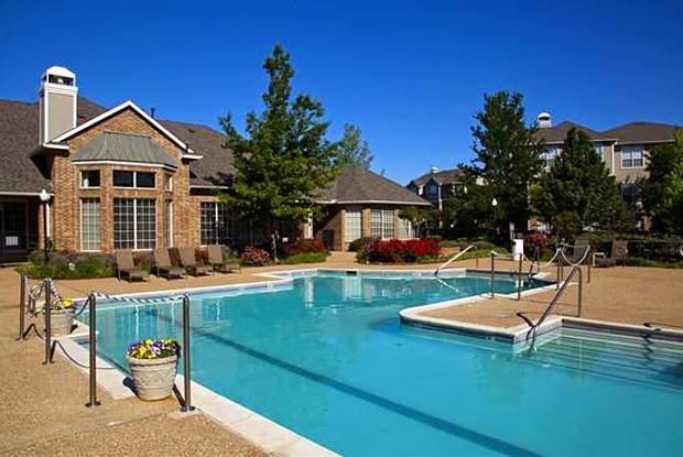 Montclair Parc - 10900 S Pennsylvania Ave, Oklahoma City, OK 73170