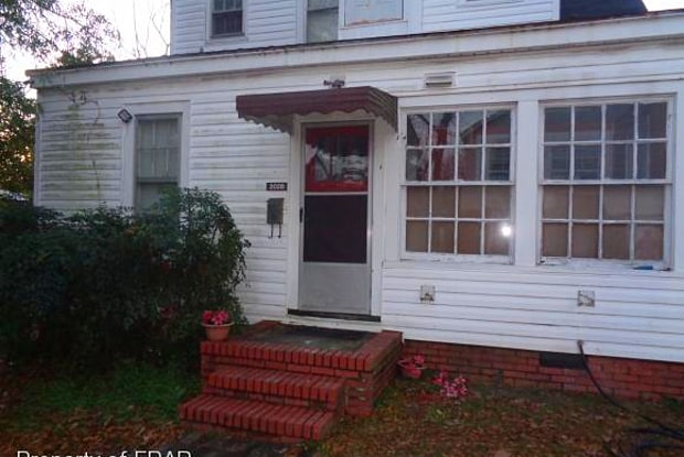 202 B N Virginia Avenue - Apartments for rent