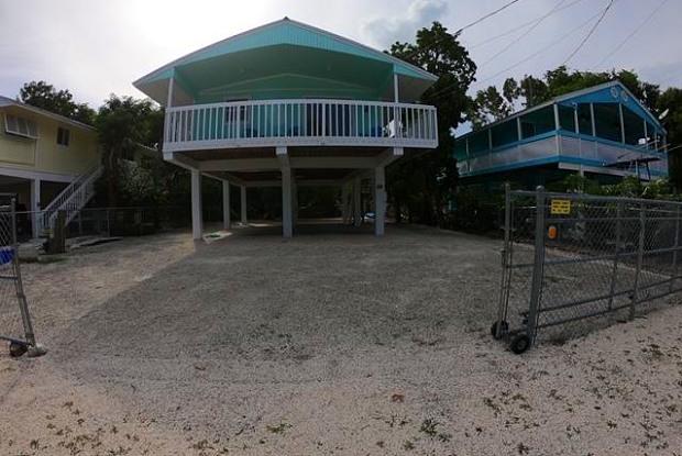 10 Meridian Avenue - 10 Meridian Ave, Key Largo, FL 33037