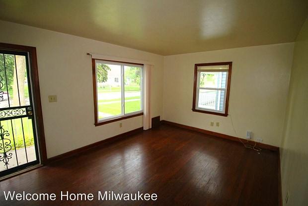 4445 N 44th Street - 4445 North 44th Street, Milwaukee, WI 53218