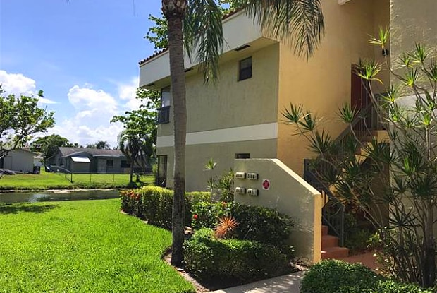 2496 NW 49th Ter - 2496 Northwest 49th Terrace, Coconut Creek, FL 33063