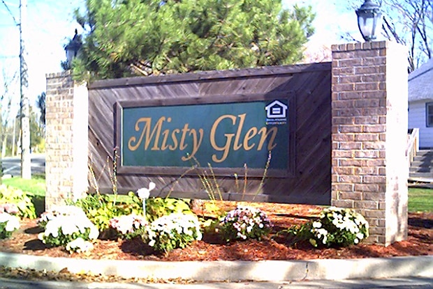 Misty Glen - 99 Misty Ln, Hebron, IN 46341