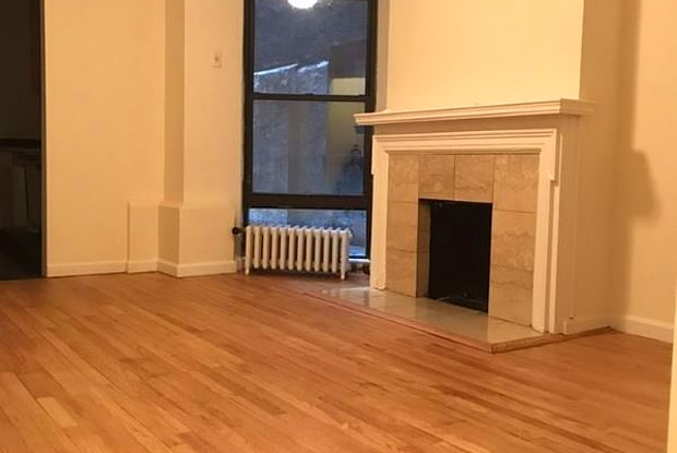 154 E 84th St 1f - 154 Gracie Square, New York, NY 10128