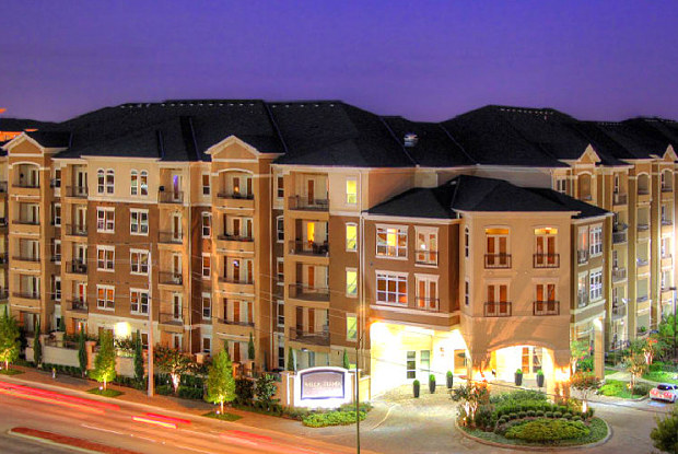Villa Piana Apartments - 13500 Noel Rd, Dallas, TX 75240