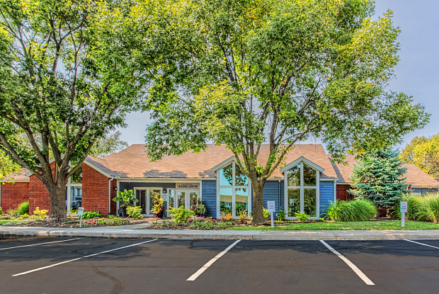 Magnolia Parc Overland Park Ks Apartments For Rent