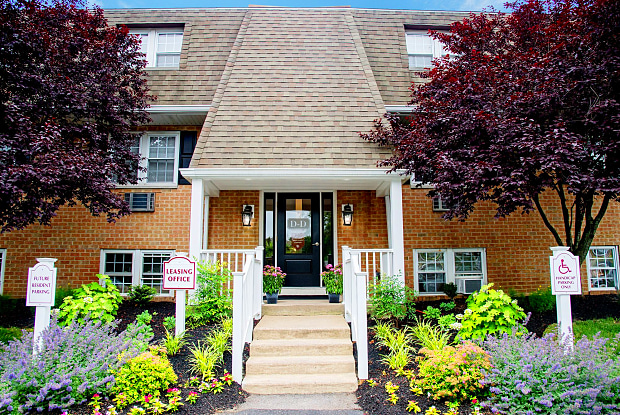 Heather Glen - 1650 W Chester Pike, West Chester, PA 19382