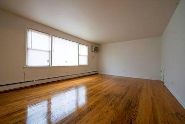 304 East 147th Street - Pangea Apartments - 304 E 147th St, Harvey, IL 60426